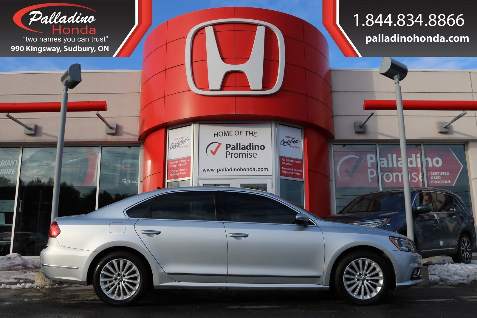 Pre-Owned 2016 Volkswagen Passat Comfortline-NAVIGATION,HEATED LEATHER SEATS,BACKUP CAMERA