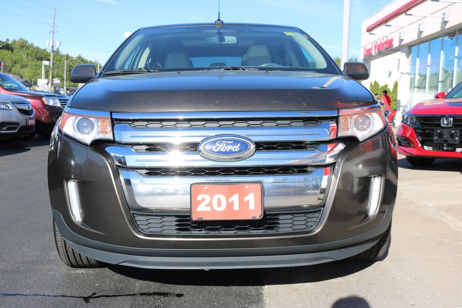 Pre Owned  Ford Edge Limited Sunroof Navigation Back Up Camera