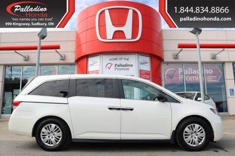 Pre-Owned 2015 Honda Odyssey LX-LOW MILES,3rd ROW SEAT,BACKUP CAMERA FWD Mini-van, Passenger